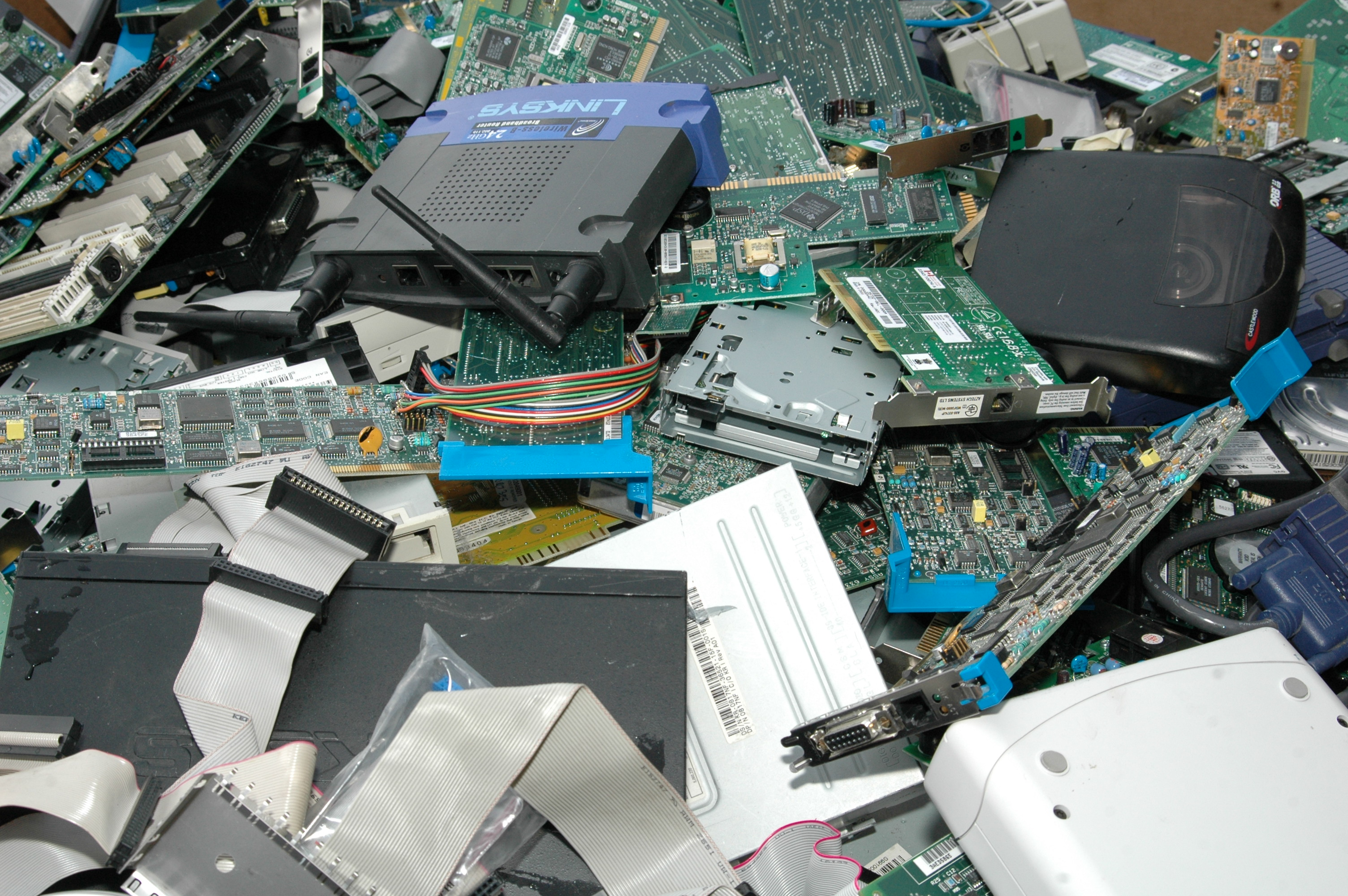 Recycle Computer Hardware Celbridge Cabs Circuitboardclockjpg Whats Different About Recycling Macs Than Other Computers
